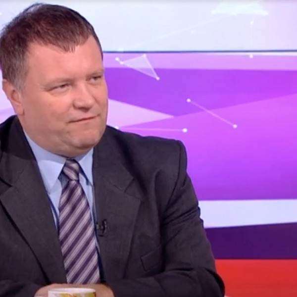 A Magyar Szakszervezeti Szövetség elnöke lemond tisztségéről, és belép a DK-ba