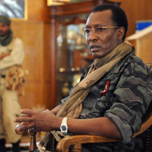 Agyonlőtték a csádi elnököt