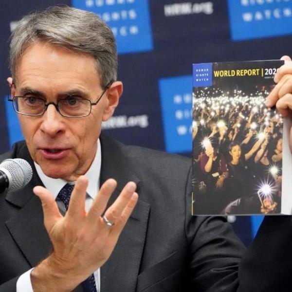 Human Rights Watch-igazgató: Magyarország a zombi demokráciák között