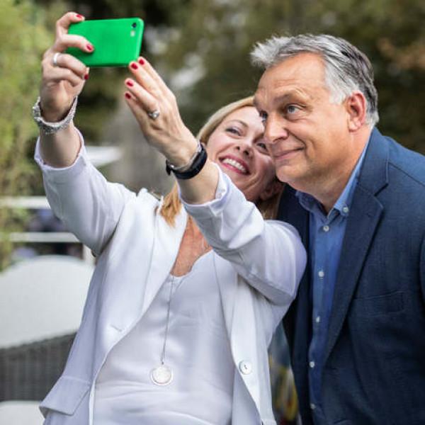 Giorgia Meloni válaszolt Orbán Viktornak: együtt dolgozunk nemzeteink növekedésének és újjáéledésének jövőjéért
