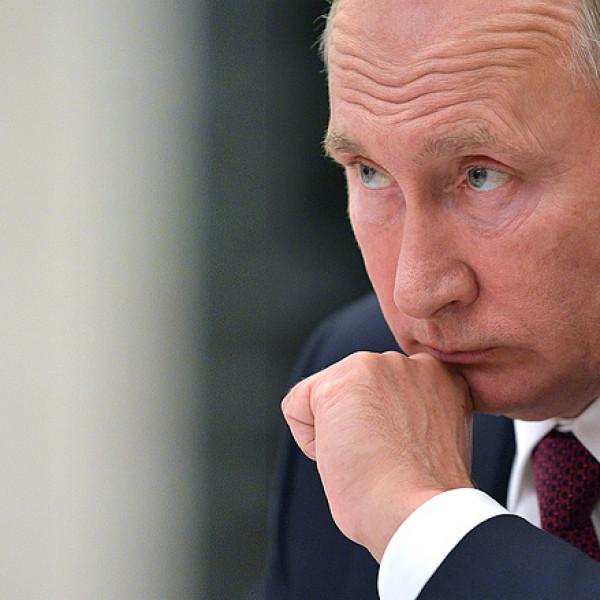 Putyinék arányos választ fognak adni az EU szankcióira