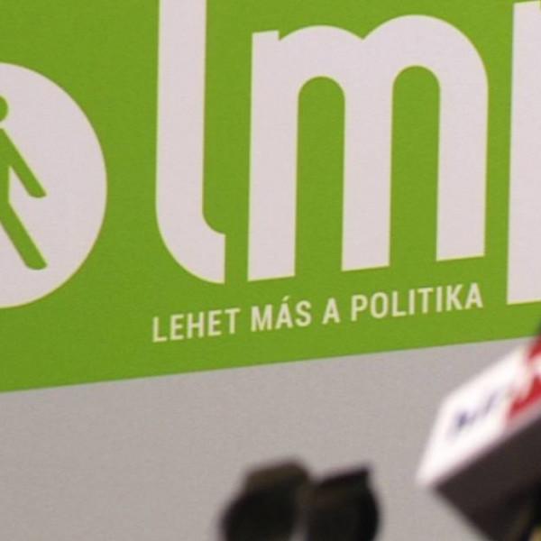 LMP: Orbán Viktort terheli a részleges újranyitás felelőssége