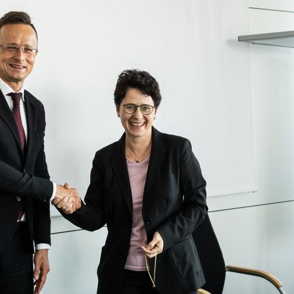 Egy német tartományi miniszter megköszönte Magyarországnak a határvédelmet