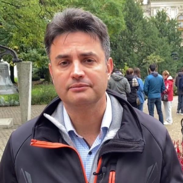 https://www.vadhajtasok.hu/2021/10/10/alighogy-elkezdodott-az-elovalasztas-marki-zay-mar-csalasrol-beszel