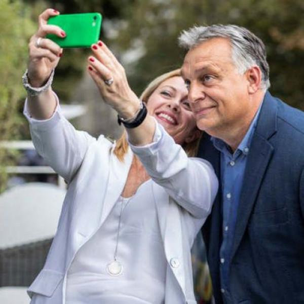 Közös összefogásra szólította fel Orbán Viktor az ellenzékbe vonult Olasz Testvéreket