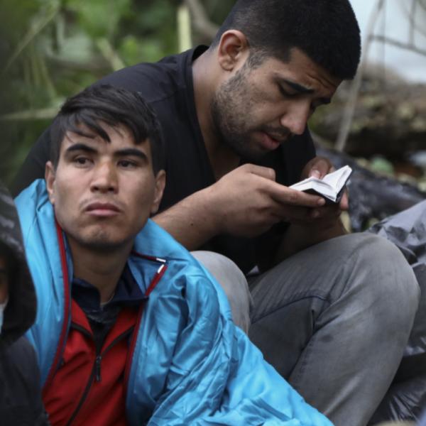 Hat–hétezer illegális bevándorló várakozhat a fehérorosz határnál
