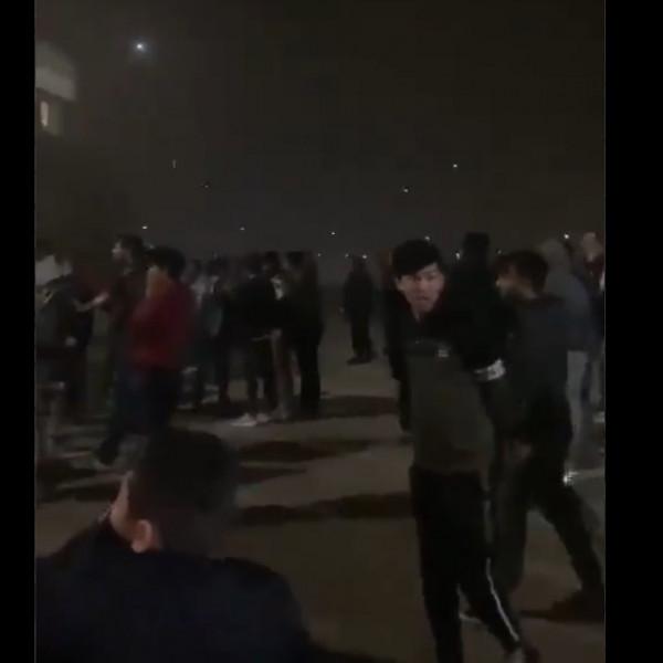 Görögország: Ismét gyújtogattak a migránsok ,meghalt egy 7 éves gyerek - Videó