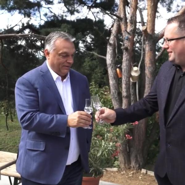 Orbán Viktor: Szabad ország, szabad pálinka!