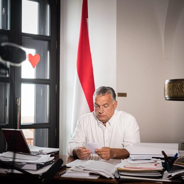 A Gyurcsány-korszakról posztolt Orbán Viktor