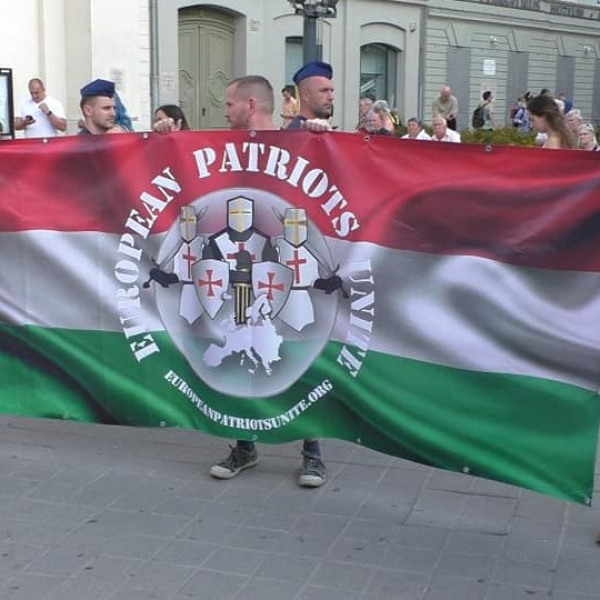 Így zajlott a Budapest Pride legnagyobb ellentüntetése - Képek és Videó a beszédekről