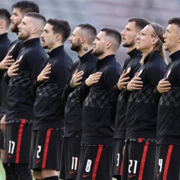 A horvátok sem térdelnek le a labdarúgó EB meccsei előtt