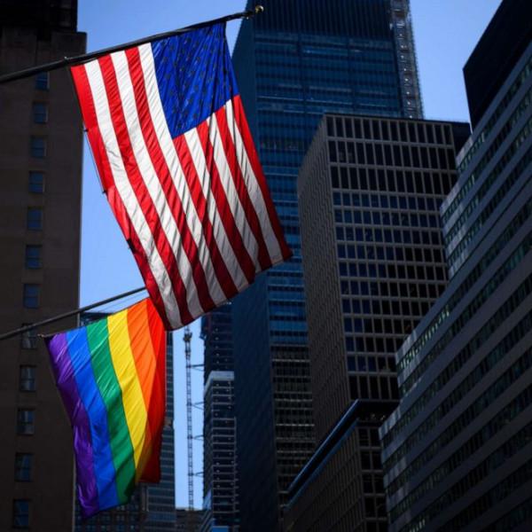 USA: hatból egy 23 évnél fiatalabb amerikai azt állítja magáról, hogy nem heteroszexuális