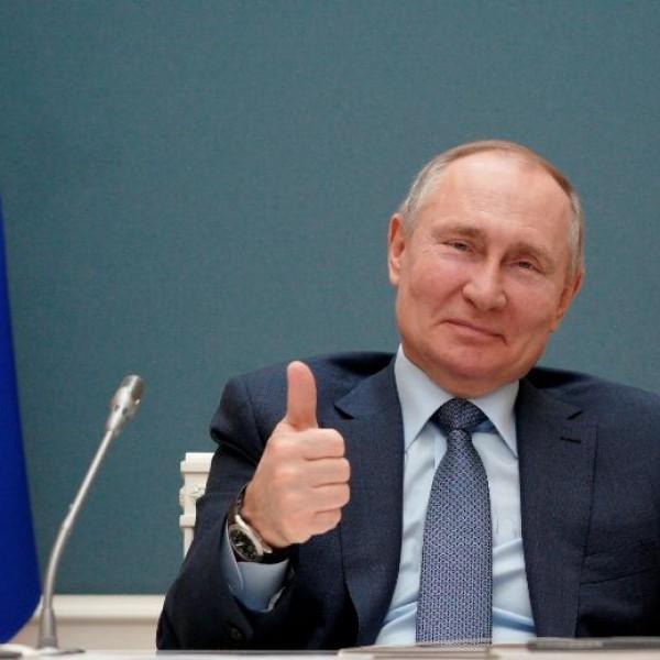 Nemzetbiztonsági szempontból fogják megvizsgálni az orosz színházak repertoárját