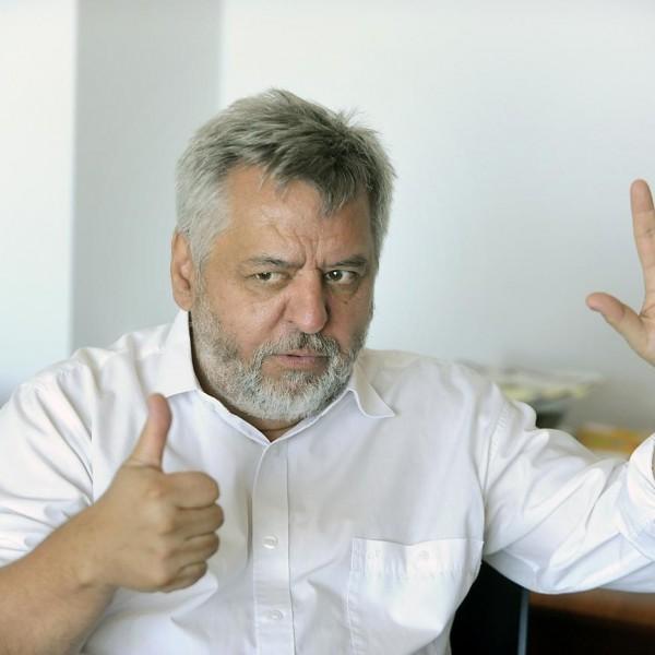https://www.vadhajtasok.hu/2021/05/16/ennyi-volt-karacsony-gergelyt-megbuktatta-a-budapesti-corvinus-egyetem-rektora