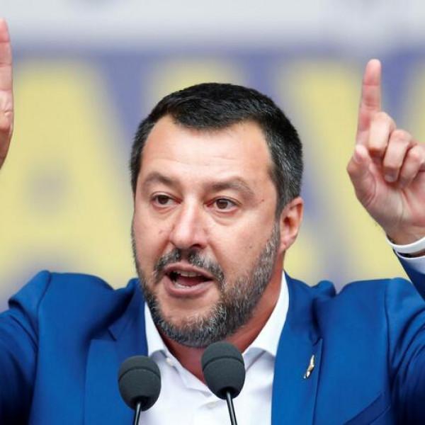 Salvini a magyar főkonzullal egyeztetett Milánóban