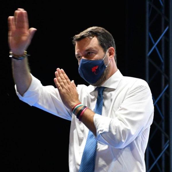 Salvini már üzent Orbánnak – Külföldi reakciók a kilépésről