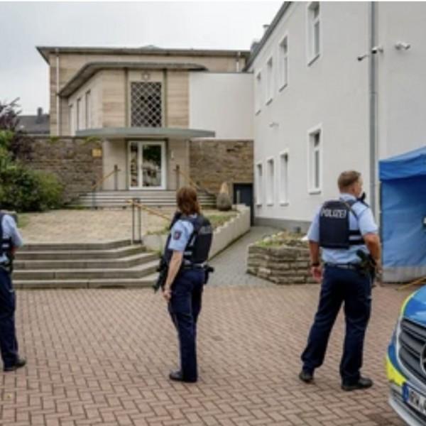 Egy 16 éves szír fíú fel akart robbantani egy zsinagógát Németországban