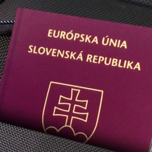 Megvonják a kettős állampolgárságot a magyaroktól Szlovákiában