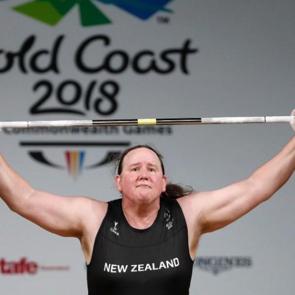 Olimpia: Hétfőn lép pályára a súlyemelő transznő